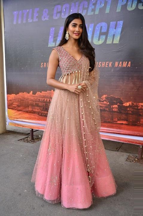 Pooja hegde hd glamour pics