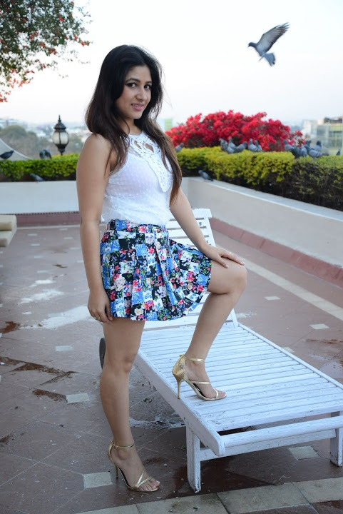 Prabhjeet kaur white dress unseen wallpaper