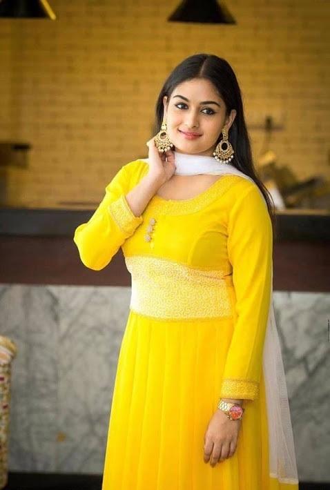 Prayaga martin yellow dress hd image