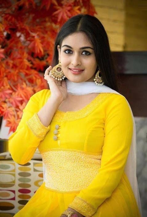 Prayaga martin yellow dress hd stills