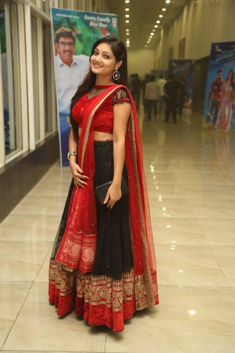 Priyanka figure hd wallpaper