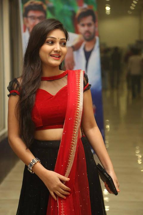 Priyanka hd desktop photos