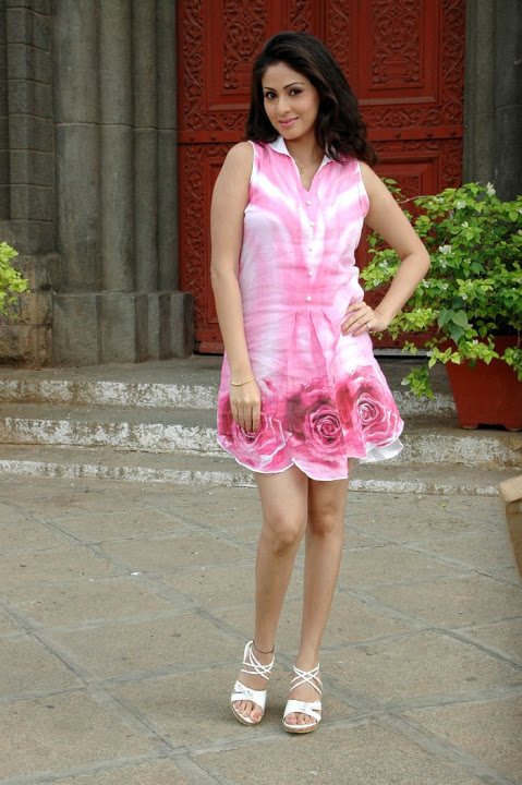 Sadha rose color dress pictures