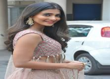 pooja hegde cool desktop pictures