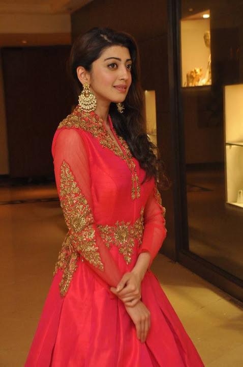 Pranitha subhash fashion show cute pictures