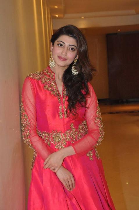 Pranitha subhash fashion show desktop pictures