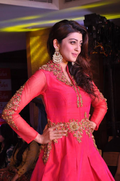 Pranitha subhash fashion show unseen pictures