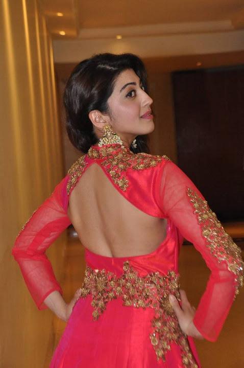 Pranitha subhash fashion show wide pictures