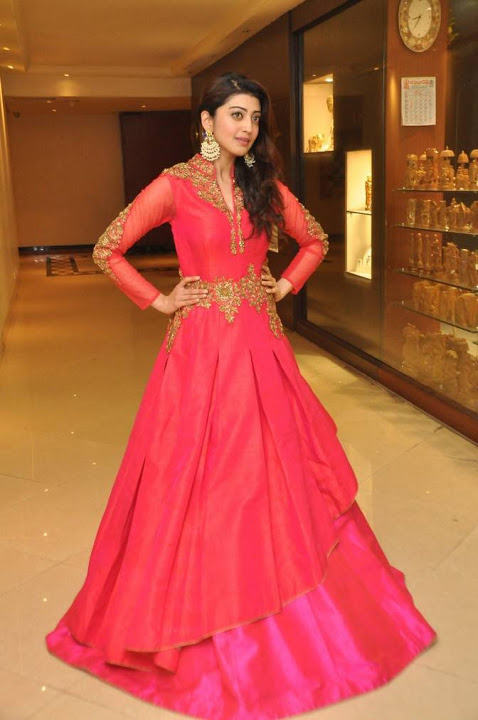 Pranitha subhash red dress wide fotos