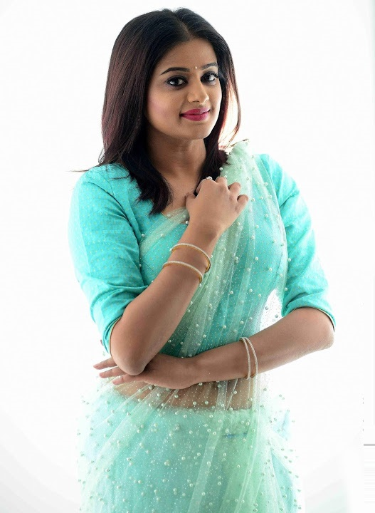 Priya mani light blue saree exclusive image