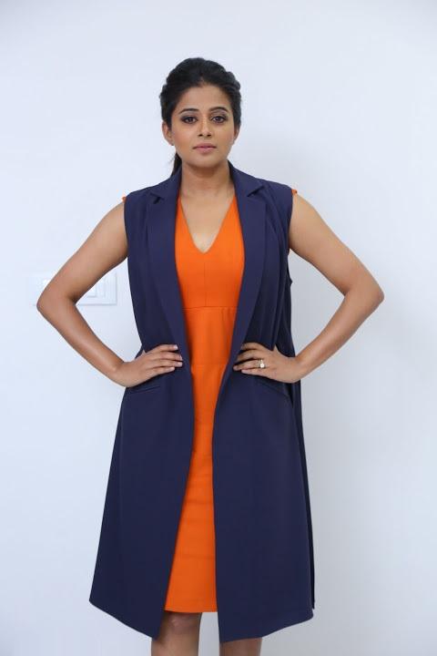 Priyamani fashion hd stills