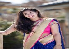 prasanna blue saree cute pictures